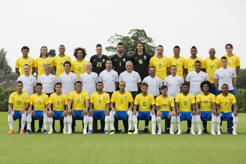 Brasileiros pelo Mundo - Outubro / 2021